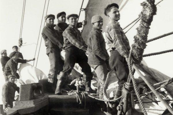 009 More Sail
